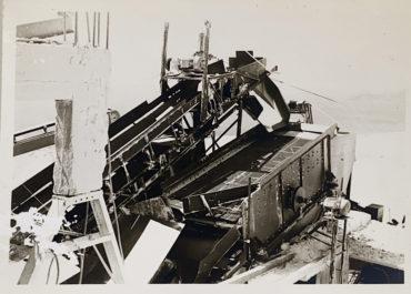 Παλαιός εξοπλισμός λατομείου sepia